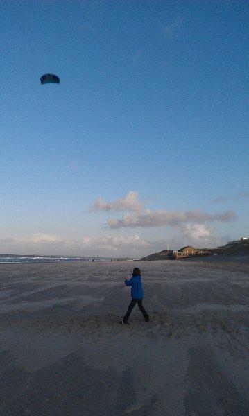 Vliegeren aan het strand